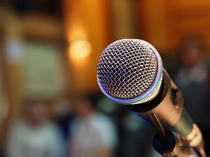 How to become a public speaker - Killer Keynote Conference - presentation training